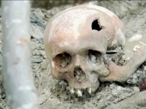 srebrenica grobnica1